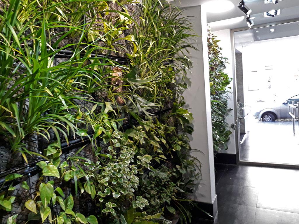 Dise o y construcci n de terrazas verdes y jardines for Edificios con jardines verticales